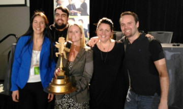 Photo de l'équipe gagnante, Table33, à l'occasion du DigiFest